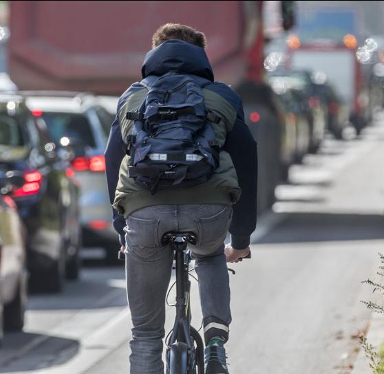 jalgrattur liikluses